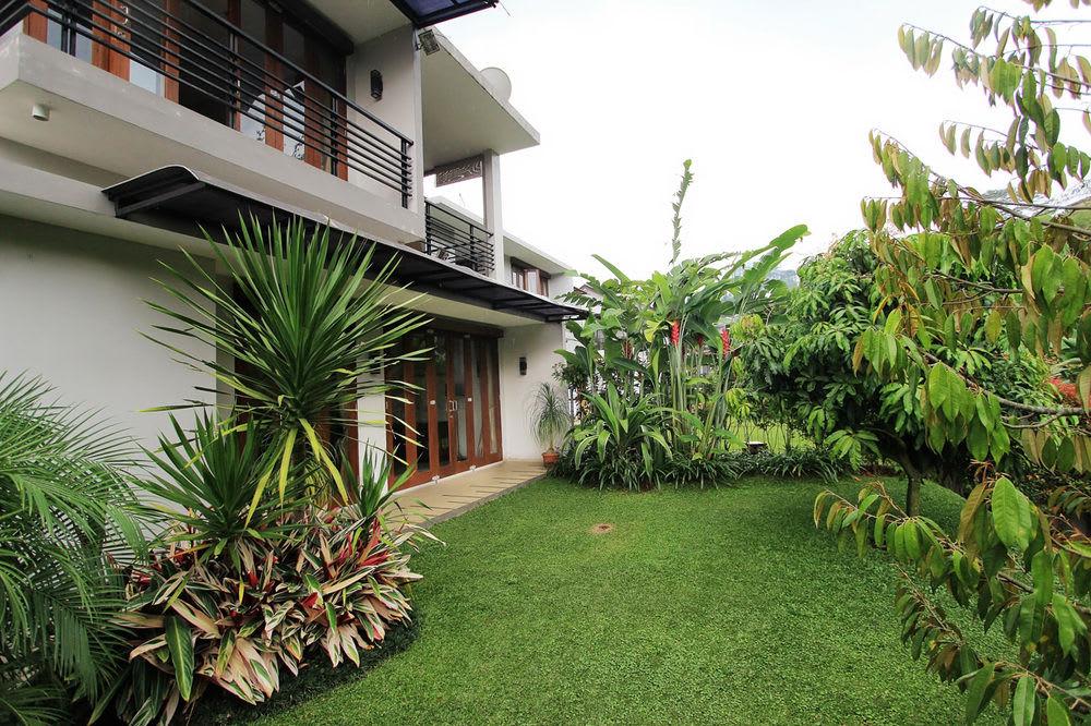 Villa Nirwana Syariah, Bandung