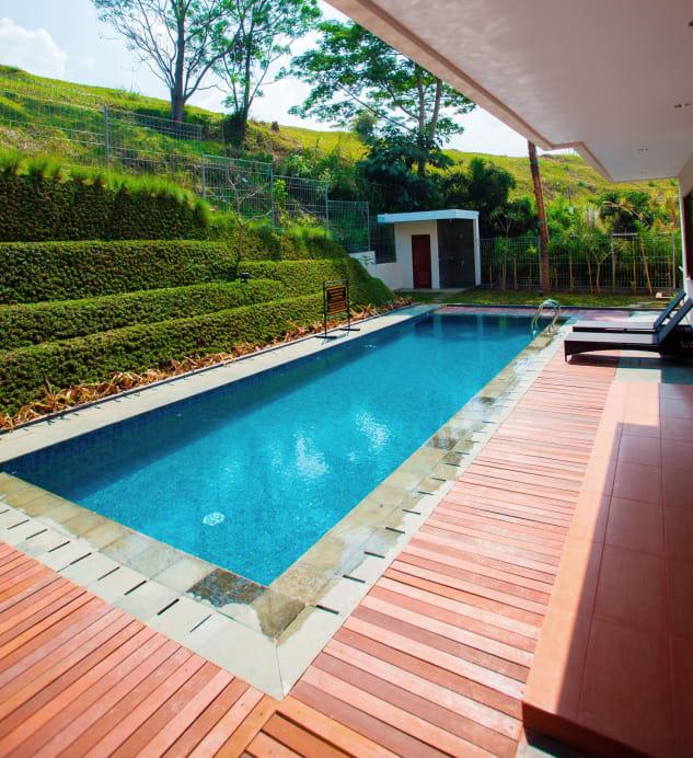Permai Villa Dago with Pool, Bandung