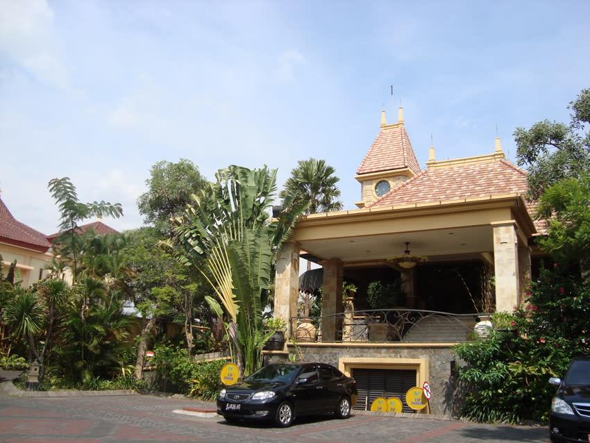 Hotel Lotus Garden Kediri,Kediri